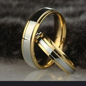 💎Mens 6mm titanium 18k gold plated ring size 9